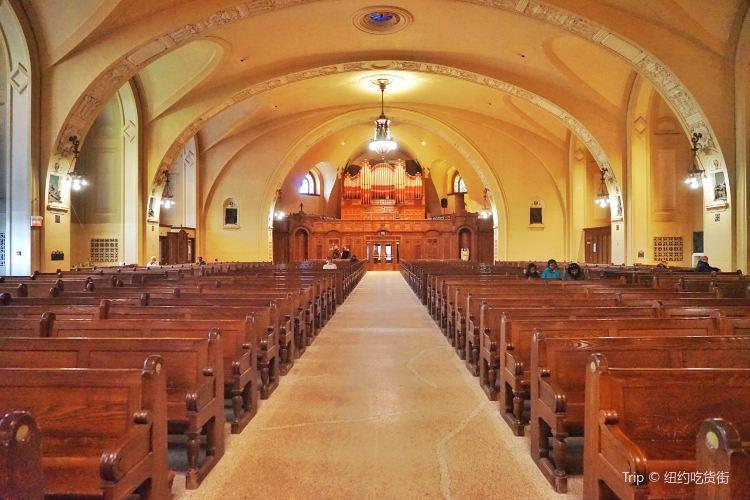 Saint Joseph's Oratory of Mount Royal(L'Oratoire Saint-Joseph du Mont-Royal)1