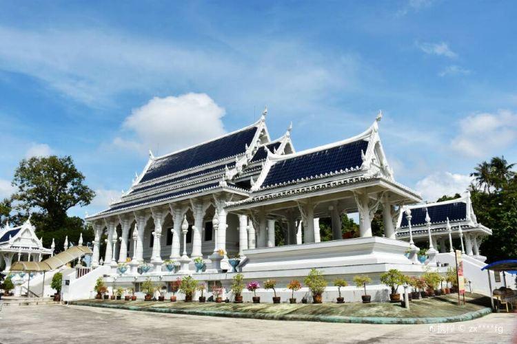 Wat Kaew Ko Wararam1