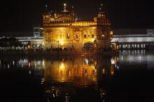 750公斤黄金打造印度金庙到底有多豪?一定要夜游感觉才奇妙,墙上欧米茄金钟真高调