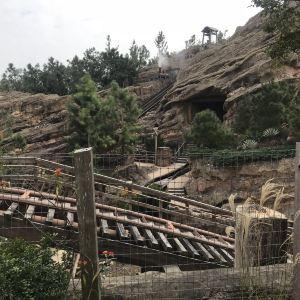 灰熊山谷旅游景点攻略图
