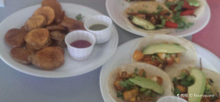 Danny's Tacos & Grill1