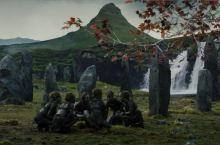 教会山又名草帽山,是冰岛的明星山,当你看到它的时候便知道它的名字由来。在剧中,森林之子为了对抗先民,
