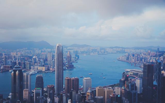 《罗生门》情侣之间截然不同香港梦,只能与众不同的艺术旅行玩法
