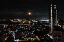 新山夜景真的很不错sky88有兴趣在这里租上一晚上随时私信我