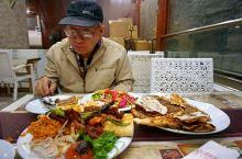 土耳其海滨小镇博德鲁姆,烤肉,披萨,色拉和羊肉汤各个惊艳!
