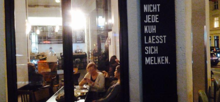St. Oberholz Restaurant3