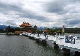 龙潭观光大池
