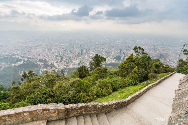 蒙塞拉特山4