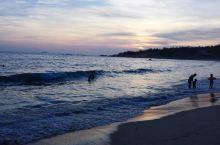 海水很清澈,很美,很美,有时间是要出去走走