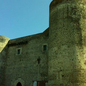 乌尔斯诺城堡和城市博物馆旅游景点攻略图