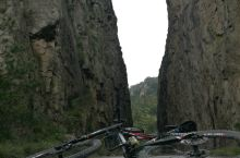 九黄公路穿越九华山