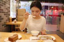 旅行广西梧州,女孩第一次和冰泉滴珠豆浆,5元一碗太浓郁!