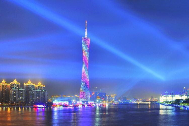 珠江夜遊廣州塔碼頭