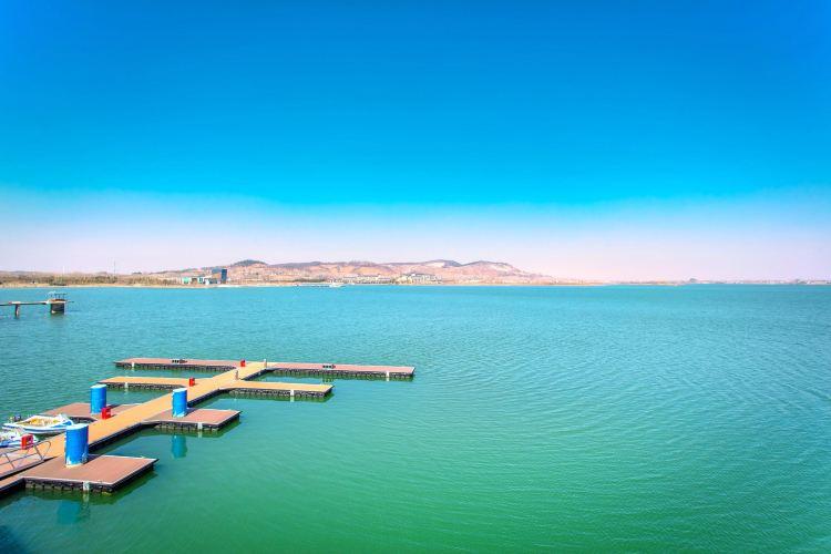 Jinniu Lake