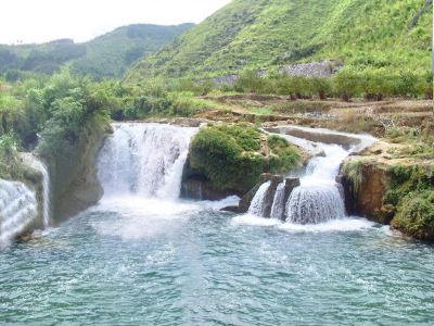 都安瑤嶺河漂流