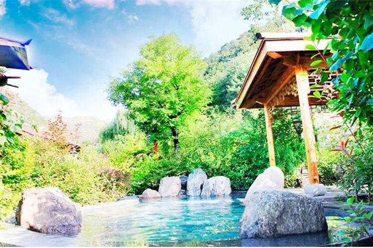 麥積山溫泉