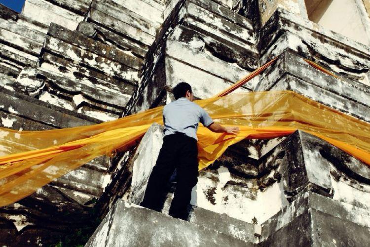 Wat Phu Khao Thong2
