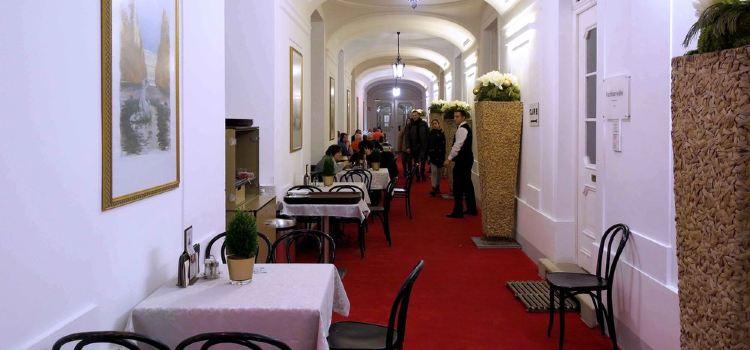 Residenz Cafe & Restaurant