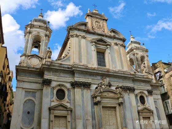 吉羅拉米尼教堂和畫廊