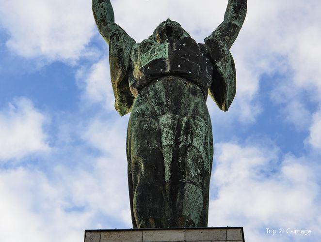 匈牙利自由女神像3