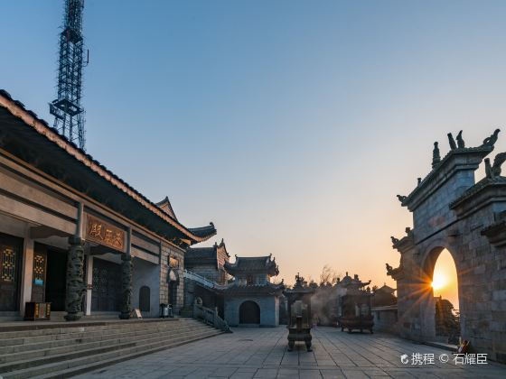Shangfeng Temple