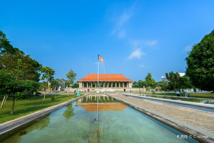 Independence Memorial Hall3