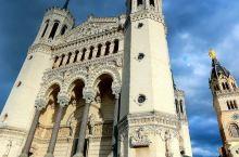 登上富维耶山俯瞰里昂老城