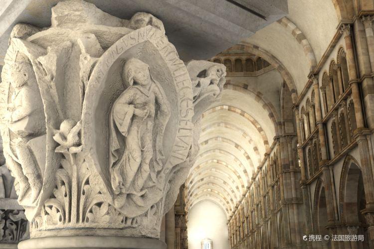 克呂尼修道院4