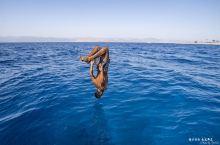 红海:一半是海水,一半是火焰