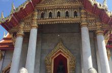 来泰国最适合下雨天参观的寺庙看看吧?