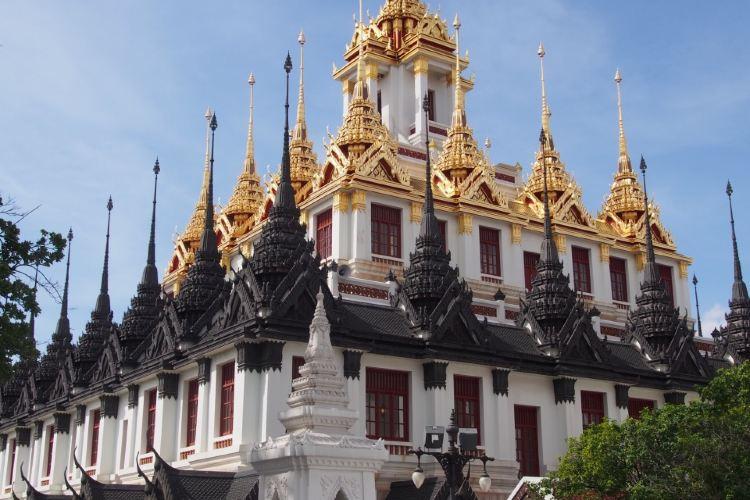 Wat Ratchanatdaram Woravihara (Loha Prasat)4