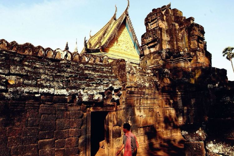 Wat Nokor2