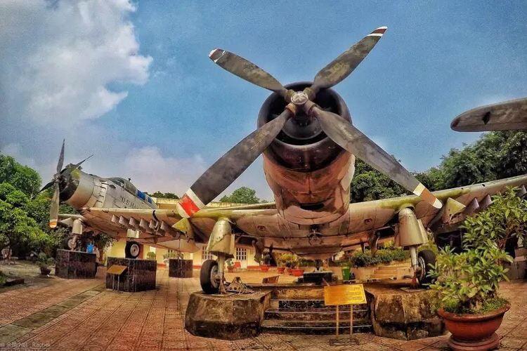Vietnam Military History Museum1