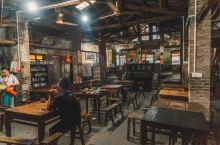 在交通茶馆品味重庆的江湖味道