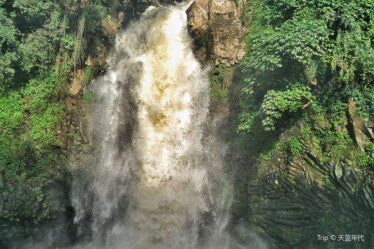 疊水河瀑布1
