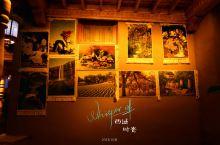古丝绸路的喀什瓜果飘香,西域的神秘色彩总会让我联想起遥远的楼兰古城。  去喀什,可寻觅千年遗留的印迹