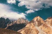 中巴友谊之路 评为全世界最美的KKH果然名不虚传全程超级美  关于交通 去kkh可以从新疆喀什坐车到