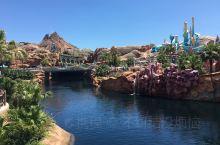 迪士尼的童趣世界 disney sea 东京迪士尼的独有特色,上海迪士尼可是体验不到的哦~ 不得不说