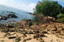 """海滩之行——波德申 去波德申海滩最值得期待的是入住马来西亚最漂亮的""""大红花""""丽昇海上别墅酒店,整个酒"""
