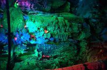英德宝晶宫天鹅湖 也是个不错的景点   现在开发了很多 项目