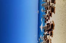 去看看外国人一般在海滩怎样,感受一下即可