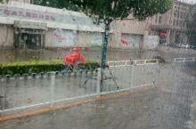 天津友谊路dat大雨。