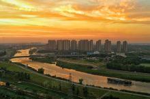 站在芜湖绿地世纪城海顿公馆房顶看风景