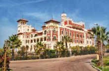 坐落于埃及亚历山大港东端的蒙塔扎宫,是一座具有佛罗伦萨风格的园林建筑,半个世纪前一直是皇室的避暑行宫