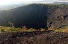 五大连池风景区火山口和温泊,雄伟和温柔。