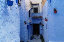如梦如幻的摩洛哥舍夫沙万蓝色小镇,让人迷失欢喜,置身其中仿佛穿越时空。