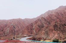 国庆节后决定自驾南疆,官方提示10月独库开始封路。 到了库车听酒店服务员说封路好几天。什么??第二天