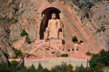 固原的须弥山石窟中的大佛楼,相国寺以及须弥山博物馆还是可以去看看的。