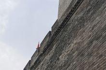 【骑行古城墙】一座保留如此完整,历经沧桑,全长13.8公里,城墙高12米的皇家护卫墙,深感震撼,雄伟