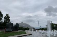 温哥华的最高点,专属女王的植物园— 伊丽莎白女王公园/         伊丽莎白女王公园位于温哥华市